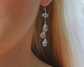 Longue boucle d'oreille de cristal, boucles d'oreilles mariée, cristaux de Swarovski clairs en forme de larme, argent Sterling, boucles d'oreille de cristal, mousseux de boucle d'oreille gouttes de rosée