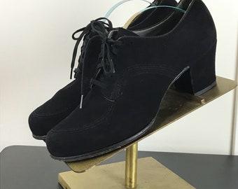 Vintage 1930s Black Suede Lace up Oxfords