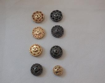 A light metal snap fastener press stud popper snap in floral shape in width 1.5cm - 2cm is for sale. Sold by per snap fastener.