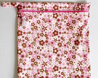 Wet or dry bag in waterproof PUL Pink and Brown Flowers