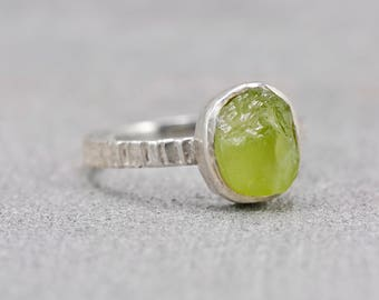 Peridot Brilliant Green Silver Stacking Ring // August Birthstone