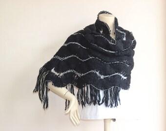 Black  wool   shawl -Hairpin Pattern