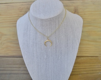 Double Horn Crescent Moon Dainty Necklace