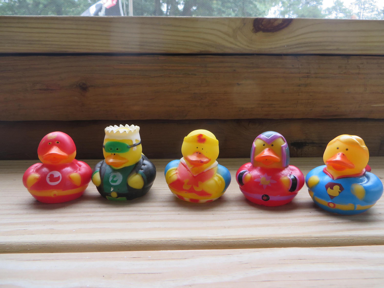 Super duper rubber ducks - Green Lantern, party favors, cupcake ...