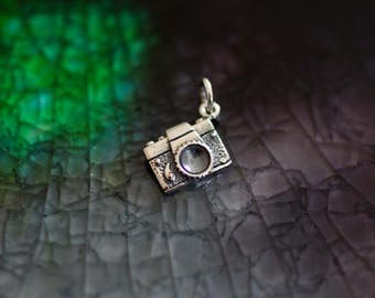 Camera Charm - Sterling Silver Camera -  Photography Theme - Vintage Camera Charm - Photographer Gift - Paparazzi - Photog Gift -Mamarazzi