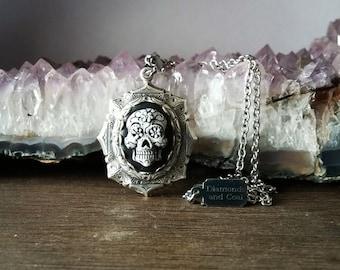 Dia De Los Muertos Necklace. Sugar Skull Pendant. Unique gift for Bridesmaid Day of the Dead Wedding.