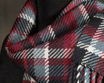 Plaid scarf / handwoven scarf / merino wool scarf / man's scarf / woman's scarf