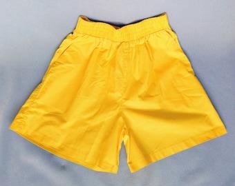 highlighter / 90s bright yellow high waisted cotton shorts / small - medium