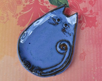 Ceramic cat spoon rest. Ceramic cat jewelry holder.Cat plate. Cat ring holder. Ceramic cat dish. Blue cat dish. Handmade small cat plate