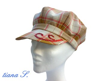 Cap beige red, sequin embroidery, size 56