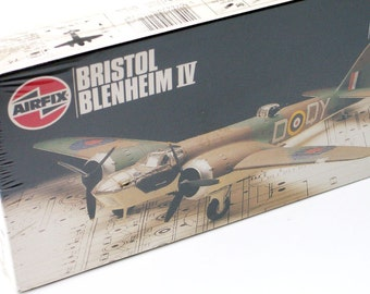 Model Airplane Bristol Blenheim IV Airfix 1:72