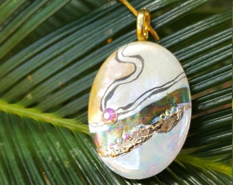 Porcelain pendant, kiln fired, abstract design
