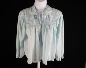 Vintage blue nylon bed jacket with lace trim Texsheen size large chest 42in.