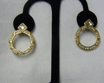 Vintage Trifari Rhinestone Gold Tone Earrings Pierced Signed Costume Jewelry