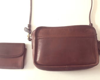 VINTAGE 70's COACH Rarely Seen Cognac Saddle Leather New York City Envelope Handbag Matching Keychain Purse