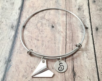 Paper airplane initial bangle - paper airplane jewelry, teacher jewelry, teacher gift, paper plane jewelry, silver paper airplane pendant
