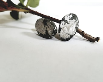 Gray with silver leaf earring