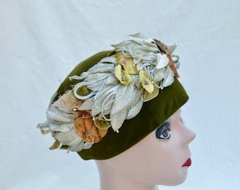 Vintage Olive Green Velvet Hat With Velvet Flowers / Vintage 1950's Church Hat / Vintage Flower Trimmed Day Time Day / Garden Party Hat