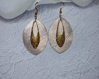 ALMOND AND GOLD CHARM EARRING