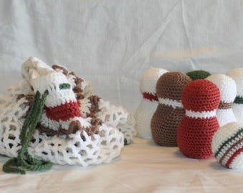 Hand-made crochet classic bowling game