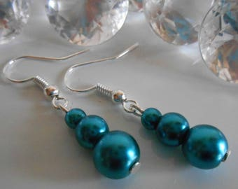 Trio of peacock blue pearls wedding earrings