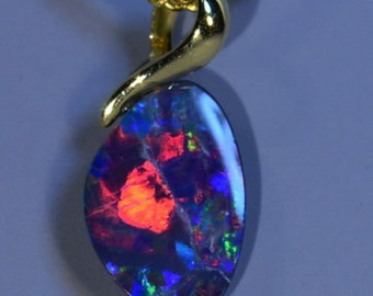 Reds!! & Blues Boulder Opal Doublet Solid 18K Yellow Gold Pendant (14676)