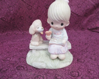 Vintage 1979 retired Loving  is Sharing Precious  Moments figurine By Jonathan & David  # E-3110/G used good   condition