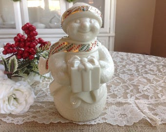 Lenox Snowman Figurine Jewels ~ MERRY MRS. SNOWMAN ~ 1996