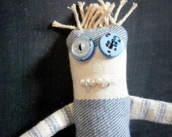 Jasper - ooak Skaerrenvolk cloth art doll