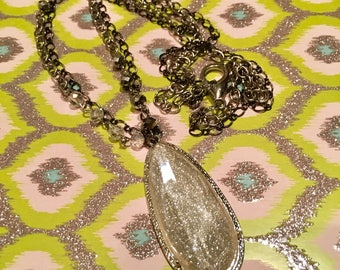 Shimmery Necklace