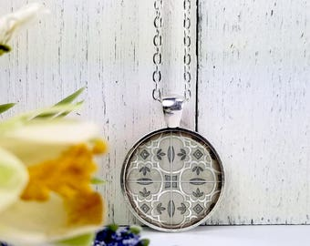 Pattern 9-Medium Round- Glass Bubble Pendant Necklace