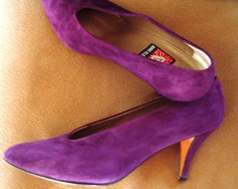 "Purple Suede ""Anne Klein"" Pumps Like-New  Size 6 1/2 Med. Item #53 Shoes"