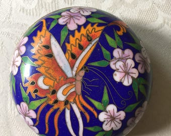 Asian cloisonné trinket box with butterfly