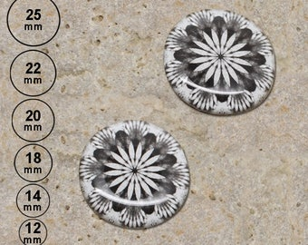 2 round cabochon 20 mm black white kaleidoscope is 25,22,18,14 and 12 mm