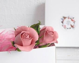 Dusty rose wedding flower hair pins Wedding flower hair piece Floral hair pins Bridesmaid flower headpiece Bridal hairpiece Mauve wedding