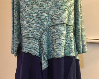 Dreamy tunic in Green and Blue! Extra Large. Sale!