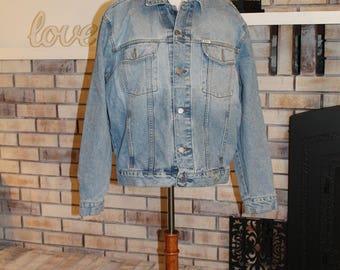 Vintage Herren Guess Jeansjacke, Stonewashed Jeansjacke, amerikanischer Schnitt denke USA