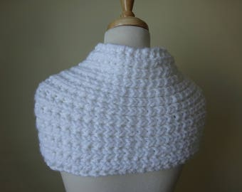 Knit Cowl, Knit Neck Warmer, Textured Rib Stitch Cowl Neck Warmer in Snow White - Acrylic - Soft Cowl - Warm Cowl - Gift for Her