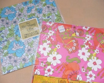 Gibson and Laurel Mod '60's and '70's Wrapping Paper, Hot Pink Mod Wrapping Paper for Girl, Flower Power Wrapping Paper