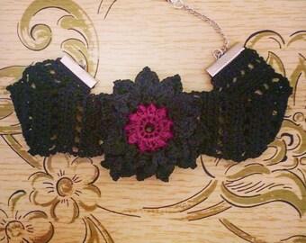 Crochet choker