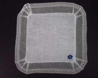 Vintage Linen Handkerchief With White Netting (vh49)