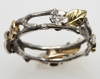 Floral Wreath Ring - in silver and 18K gold