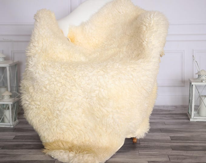 Gotland Sheepskin Rug | Curly fur Rug | Curly Sheepskin Rug | Curly Sheepskin | Christmas Decor | GOTNOVHER28