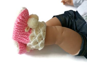 Crochet baby girl booties, Crochet baby girl shoes, Pink and beige booties, Newborn booties, Crochet boots, Pink baby boots, Pink baby shoes