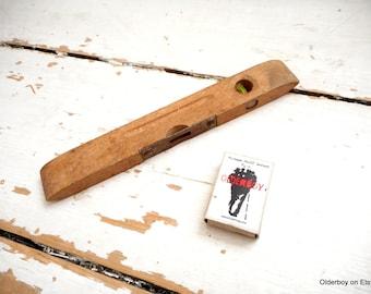 c 1950s SPIRIT LEVEL vintage Old Wooden and metal Level Vintage Wooden Tool wood vintage level antique spirit level vtg E02/1398