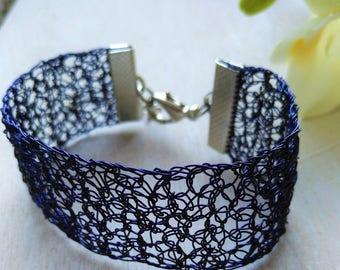 Handmade copper wire crochet bracelet. Dark blue bracelet. Copper wire bracelet.