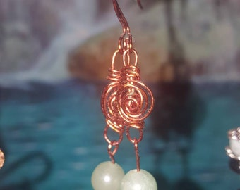 Copper wire wrap earrings with green bead