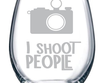 I shoot people 15 oz. stemless wine glass