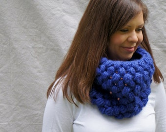 Chunky cowl, infinity scarf, bobbles, The Callanish Cowl - Cobalt