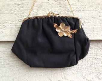 Lovely Mat Black Vintage 50s Purse With Gold Flower Brooch
